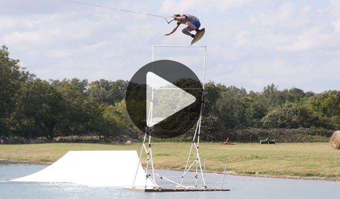 """""""JB ONeill - Highest Jump"""" - Quand Wakeboard et saut en hauteur font bon ménage..."""