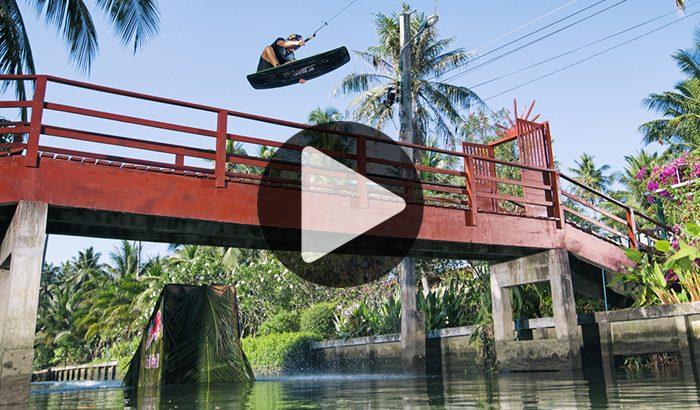 Webstory 17 - Quand le floating market de Bangkok devient un véritable wakepark !